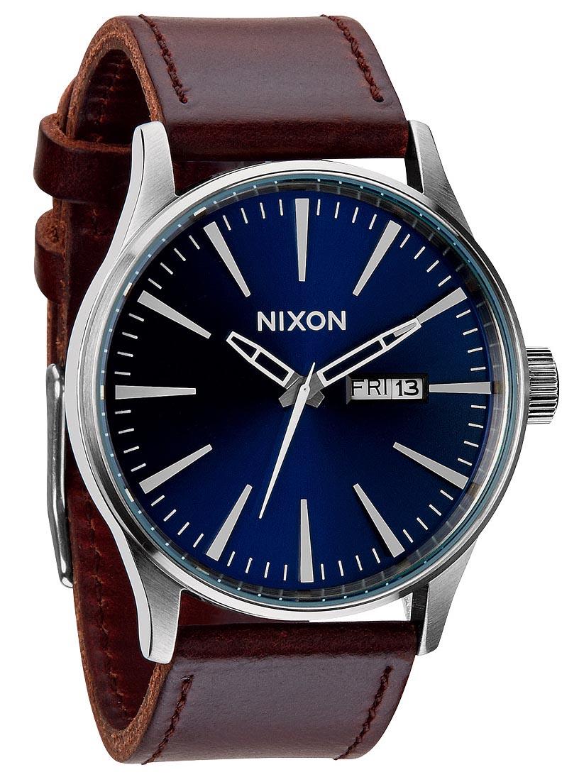 Flot herreur med super lækker mørkebrun læderrem - Nixon Sentry Leather Blue/Brown A105-1524