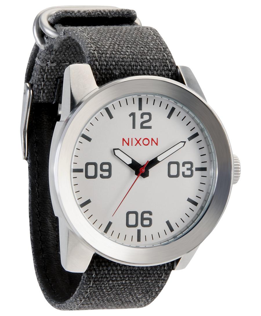 Nixon Corporal White - A243-100 - LIQ